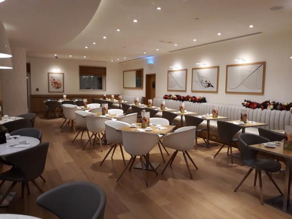 بريمير ان مجمع دبي للإستثمار - الفنادق - دبي
