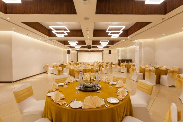 فندق فلورا جراند - الفنادق - دبي