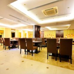 فندق سوميت-الفنادق-دبي-3