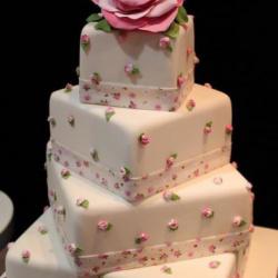 ذا إليتس شوكلت اند كيك-كيك الزفاف-الدوحة-3