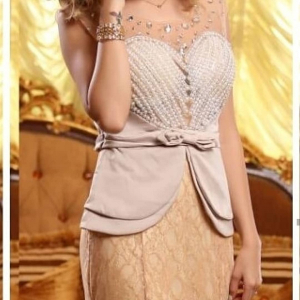ركن العروس - فستان الزفاف - مسقط