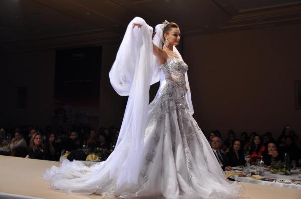 Stella Filante Haute Couture - Robe de mariée - Tunis