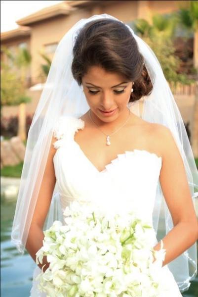 ذا غاون - فستان الزفاف - القاهرة