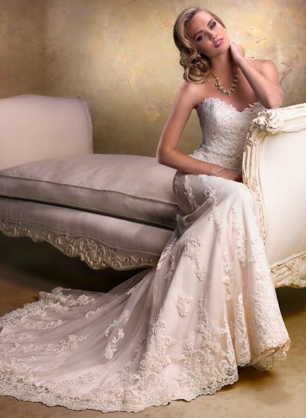 بدور - فستان الزفاف - مدينة تونس