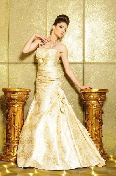 نغم النجار فاشيون - فستان الزفاف - القاهرة