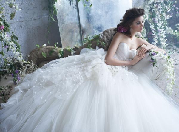 إيمان جلاصي - فستان الزفاف - مدينة تونس