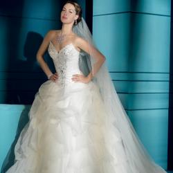 سمبلي وايت-فستان الزفاف-مسقط-3