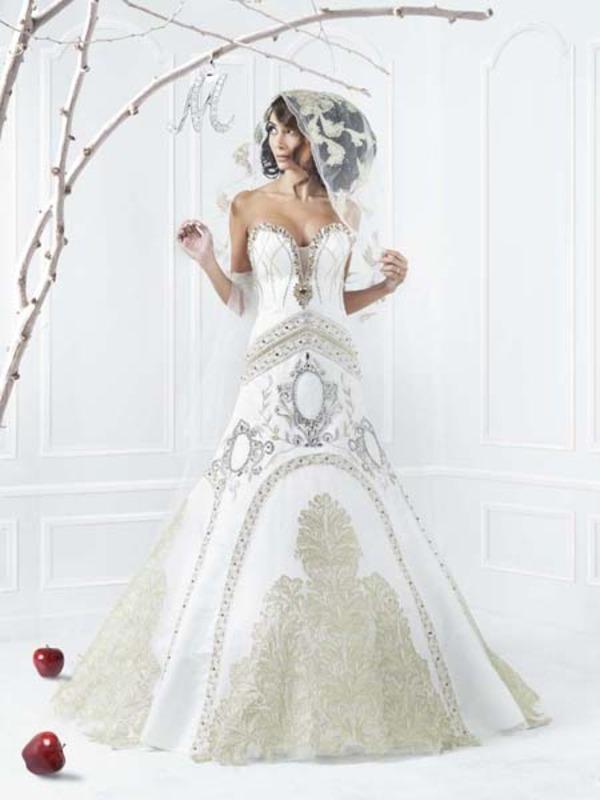 منى المنصوري - فستان الزفاف - أبوظبي