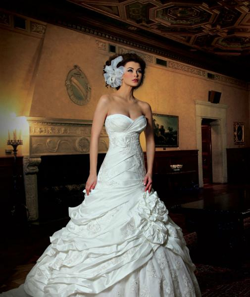 جينا كاي - فستان الزفاف - بيروت
