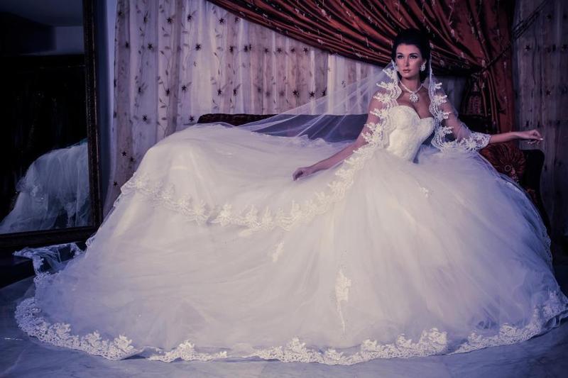 لويزا باسيل - فستان الزفاف - بيروت