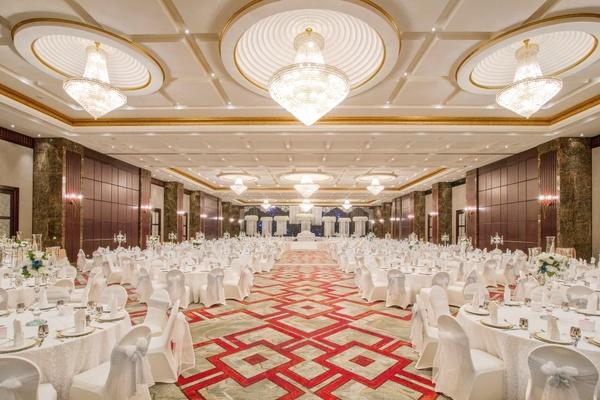 فندق الشاطئ روتانا أبوظبي - الفنادق - أبوظبي