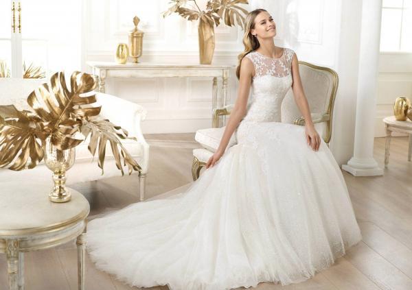 أماسي لتصميم الأزياء - فستان الزفاف - الشارقة