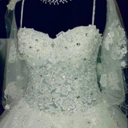 الأمل لتأجير الفساتين-فستان الزفاف-المنامة-5