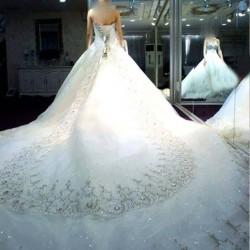 الملاك الأبيض للأزياء-فستان الزفاف-الشارقة-2