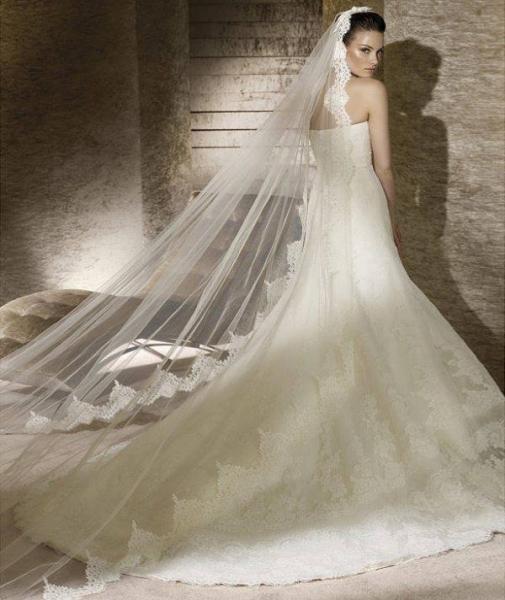 منالور - فستان الزفاف - بيروت