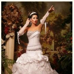 روز المهري-فستان الزفاف-أبوظبي-3