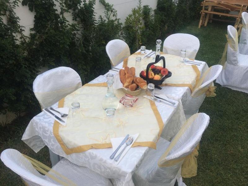 مسرات فله - المطاعم - مدينة تونس