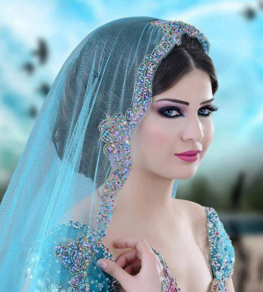 لاروسا 24 - الشعر والمكياج - مدينة تونس