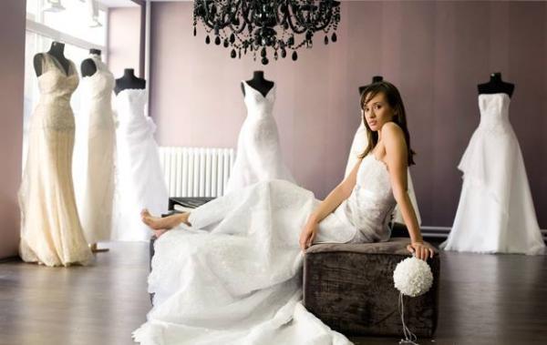 ذا سوان برايدال - فستان الزفاف - الشارقة