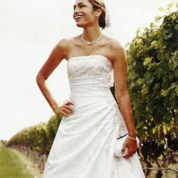 ذا سوان برايدال-فستان الزفاف-الشارقة-2