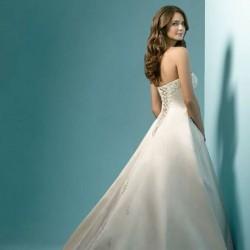 متجر الياسمين-فستان الزفاف-الدوحة-4