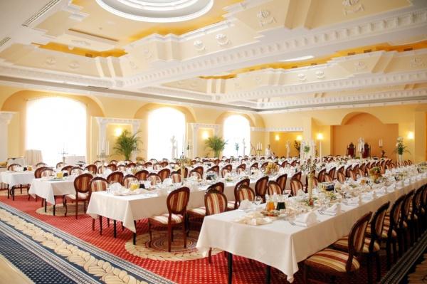 فندق برادايس ان -  ويندسور بالاس - الفنادق - الاسكندرية