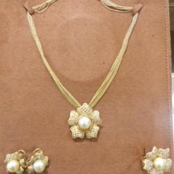 حليم للمجوهرات-خواتم ومجوهرات الزفاف-دبي-4