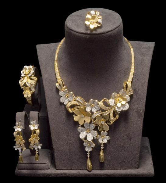 كنز للمجوهرات - خواتم ومجوهرات الزفاف - دبي