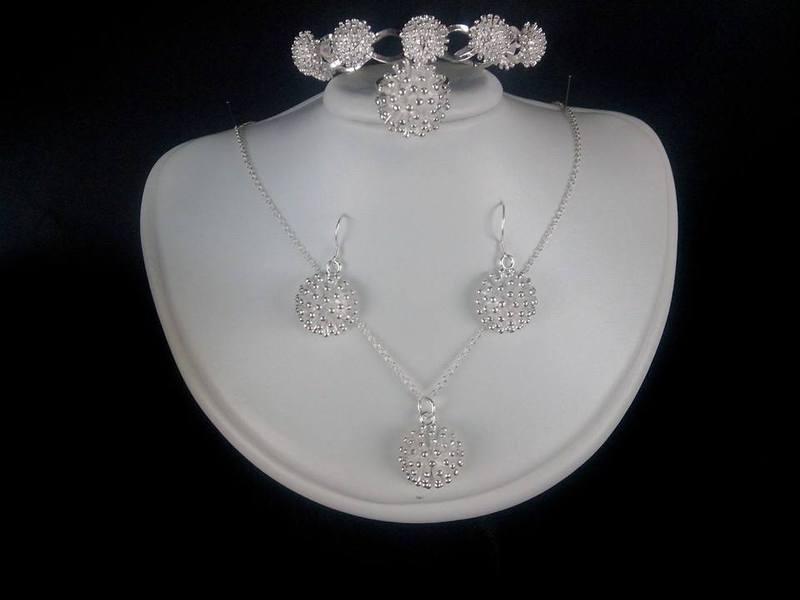 المجوهرات موحدة - خواتم ومجوهرات الزفاف - سوسة
