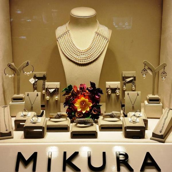 ميكورا بوتيك - خواتم ومجوهرات الزفاف - أبوظبي
