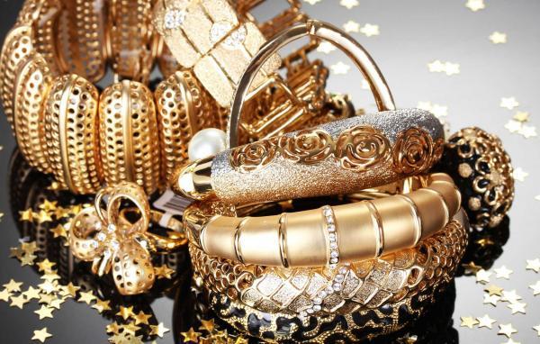 المنارة العالمية للمجوهرات - خواتم ومجوهرات الزفاف - أبوظبي