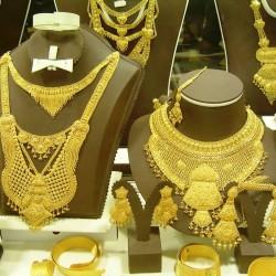 بيور جولد-خواتم ومجوهرات الزفاف-الشارقة-1
