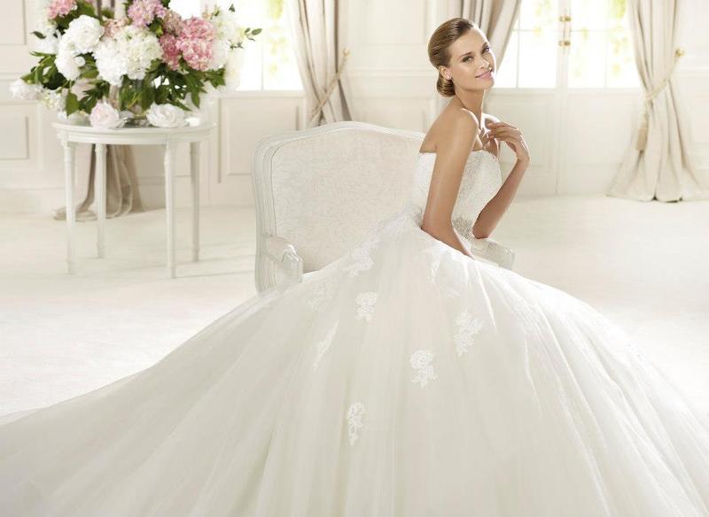 برونوفياس - فستان الزفاف - الدار البيضاء