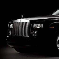 افنيو-سيارة الزفة-دبي-3