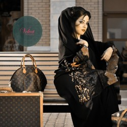 ڤلڤت-عبايات-مدينة الكويت-5