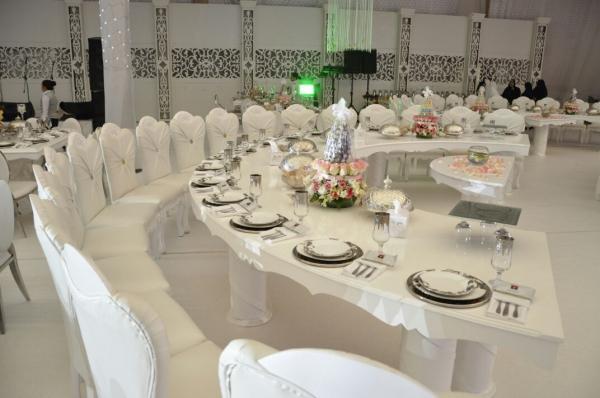 مركز كريستال للأفراح - قصور الافراح - مدينة الكويت