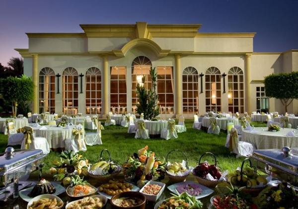 فندق كتراكت الهرم - الفنادق - القاهرة
